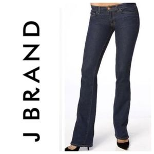 J Brand 918 Bootcut Low Rise Jeans. Size 30